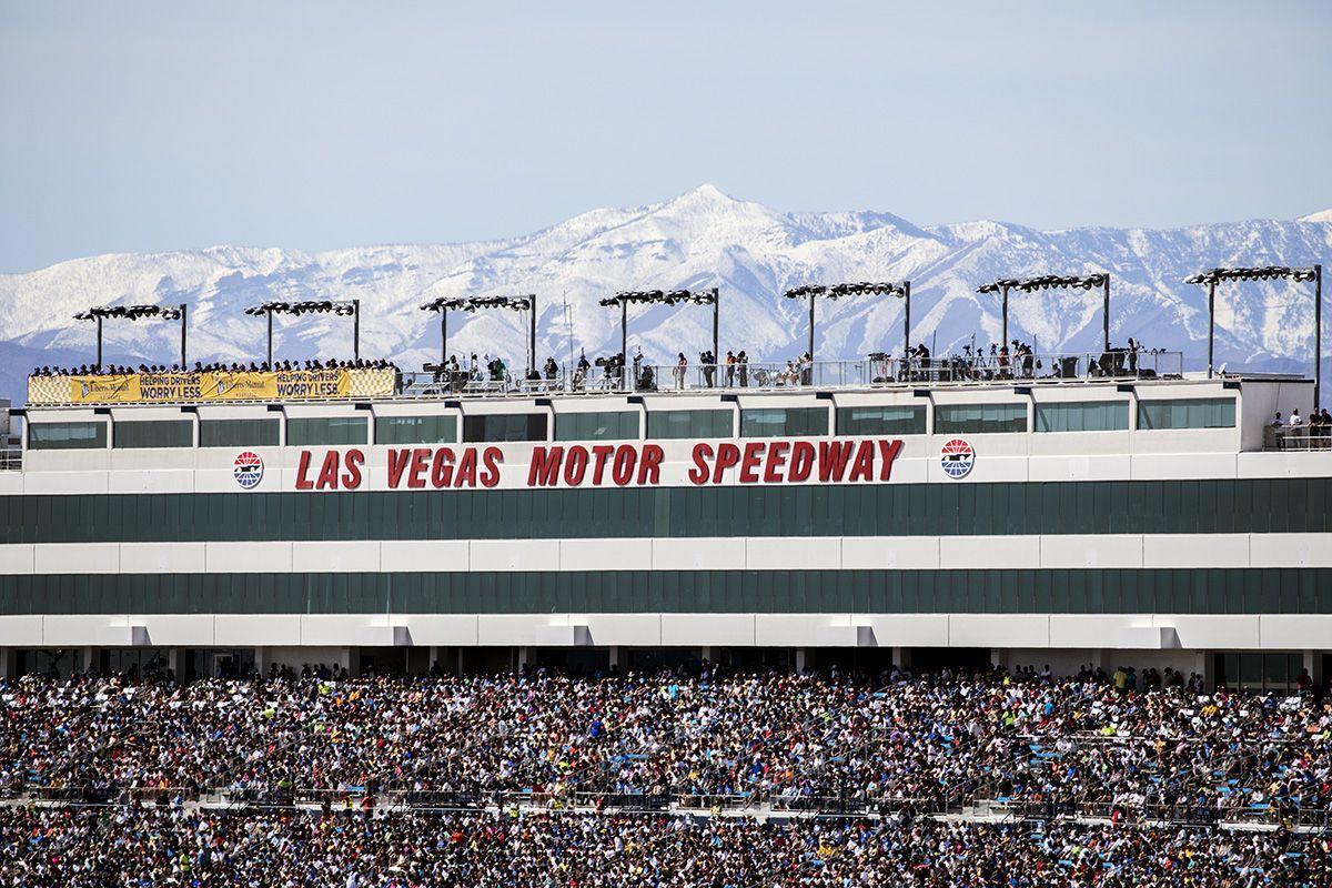 Speedway tracks las vegas motor speedway for How long is las vegas motor speedway